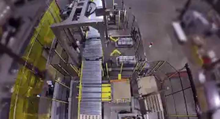 Palettizing Fanuc Dual Case with Corner Board Stretch Wrapper
